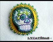 """Barrette """"Skull perlé"""" LycAtébas jaune, verte et violette : Accessoires coiffure par lycatebas"""