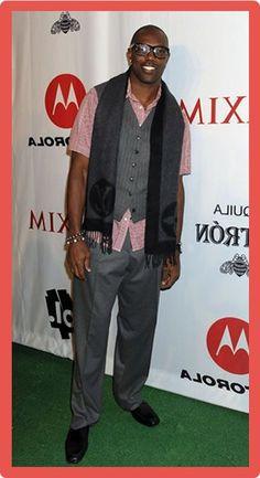 Terrell Owens Body Statistics Measurements #TerrellOwensNetWorth #TerrellOwens #celebritypost Celebrity Bodies, My Crush, Net Worth, Statistics, Football Players, Body Measurements, Crushes, Success, Celebrities