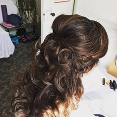 Hair trial on a client for her #wedding #registry we went for soft romantic curls in a half up do! #registrywedding #hairstyles #softandromantichair #halfupdo