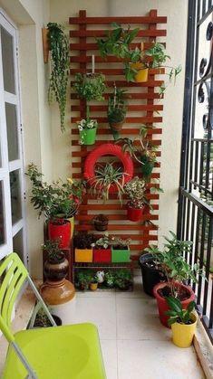 Apartment Balcony Garden, Small Balcony Garden, Small Balcony Decor, Apartment Balcony Decorating, Apartment Balconies, Balcony Design, Terrace Garden, Small Patio, Small Balconies