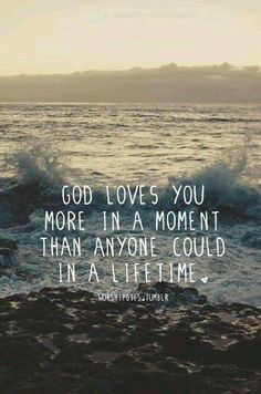it's crazy to think about this. right now, imagine the people that you love the most in this world. God loves you SO much more than that. I think that's the coolest thing ever Great Quotes, Inspirational Quotes, Bible Quotes On Love, Uplifting Quotes, Motivational Quotes, Saint Esprit, How He Loves Us, Quotes About God, God Loves You Quotes