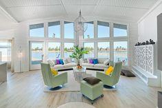 Lomatalo Nuuna Kalajoki - Kuusamo Hirsitalot Contemporary Design, Cabin, Finland, Sea, Furniture, Home Decor, Decoration Home, Room Decor, Cabins