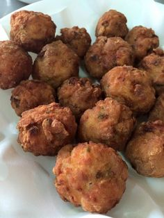 Singapore Home Cooks: Chicken Ngor Hiang Balls by Cassandra Chee