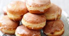 party cupcakes βαφτιση γενεθλια Greek Sweets, Greek Desserts, Greek Recipes, My Recipes, Dessert Recipes, Cooking Recipes, Polish Recipes, Recipies, Croissant Donut