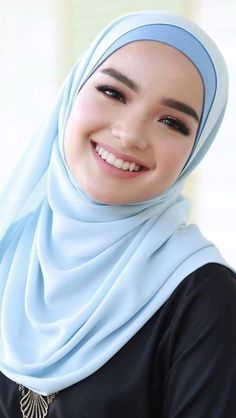 girl On bouncing Early morning BooBers be a bouncing hot women Beautiful Muslim Women, Beautiful Hijab, Hijabi Girl, Girl Hijab, Arab Girls, Muslim Girls, Arabian Beauty Women, Muslim Beauty, Hijab Style
