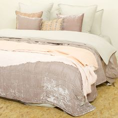Quilt Goa by night taupe – Le Monde Sauvage Ireland Vacation, Ireland Travel, Velvet Quilt, Greenwich Village, Goa, Comforters, Taupe, Quilts, Blanket