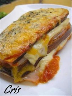 Lasaña de berenjena con jamón y queso