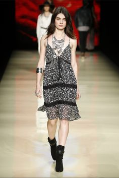 Bangkok couture at mq vienna fashion week 2018 Raghavendra Rathore - Wikipedia