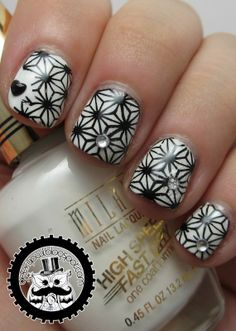 Geeky Owl: The Nail Challenge Collaborative Presents Black & White: