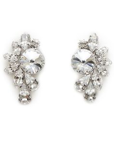 Swarovski crystals earrings - perfect to add some glamour to any outfit. Fashion Accessories, Fashion Jewelry, Swarovski Crystal Earrings, Diamond Earrings, Brooch, Glamour, Womens Fashion, Prom, Jewellery