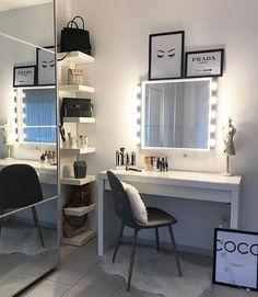 Room Design Bedroom, Room Ideas Bedroom, Small Room Bedroom, Home Room Design, Home Bedroom, Dressing Room Decor, Malm Dressing Table, Beauty Room Decor, Makeup Room Decor