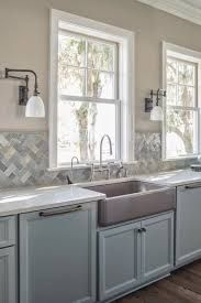 kitchen without upper cabinets, grey tones
