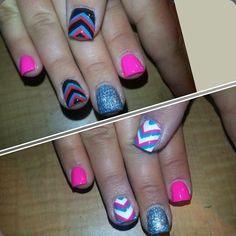 Chevron and glitter nails