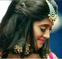 Beautiful and Georges shivangi joshi ❤ Shivangi Joshi Instagram, Wedding Wishlist, Kartik And Naira, Antique Jewellery Designs, Bollywood Girls, Girls Dpz, Beautiful Indian Actress, India Beauty, Beautiful Soul
