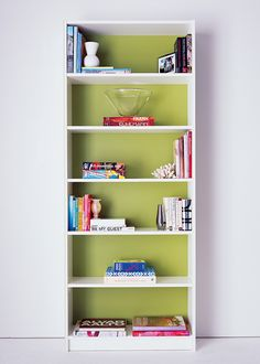 Look for more ways to brighten your bookshelves on http://domino.com