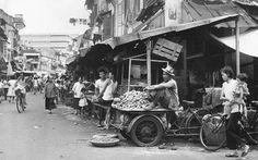 Singapore - quá khứ và hiện tại  Từ một thuộc địa, quốc đảo vốn là một làng chài này đã vươn mình trỗi dậy mạnh mẽ và trở thành điểm đến du lịch hấp dẫn tại châu Á.  #dulichvietnam #24hdulich #tintucdulich #sotaydulich #camnangdulich