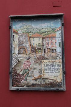 Arenzano, more very old wall tiles describing views of the village   Arenzano  Italian Riviera  Italy  photo by jadoretotravel