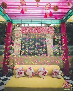 Need ideas for a splendid Mehndi decoration setup? We talk about the small and big elements which can help you create the perfect setup for your fun day! Desi Wedding Decor, Wedding Decorations On A Budget, Backdrop Decorations, Backdrop Ideas, Wedding Ideas, Wedding Trends, Mehendi Decor Ideas, Mehndi Decor, Wedding Reception Backdrop