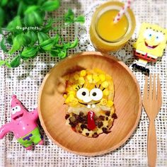 Spongebob pizza  for breakfast before Chloe's ESOL placement test later.. Good morning! Have a lovely weekend, dear IG friends  Wooden plate and fork from @bentodaily  Photo backdrop from @bagusbaguswrapping  #nickelodeon#spongebob#italian#pizza#corn#bellpeppers#onion#mincedbeef#charaben#kyaraben#breakfast#cute#cutefood#kidsfood#food#foodie#foodart#foodagram#foodstagram#yummy#playingwithfood#nomnomnom#homemade#homebaked#ptk_food#yellow