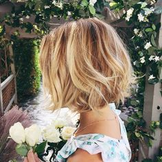 LAUREN CONRAD new hair cut, I want this style!