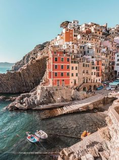 La Dolce Vita - The guide to planning your trip to Italy - Hedonisitit - A Guide For Planning A Trip To Italy – plan your trip like a pro with my tips for the top destinations. La Dolce Vita – The guide to planning your trip to Italy – Hedonisitit Oh The Places You'll Go, Places To Travel, Travel Destinations, Places To Visit, Places In Italy, Voyage Europe, Destination Voyage, Travel Aesthetic, Beach Aesthetic