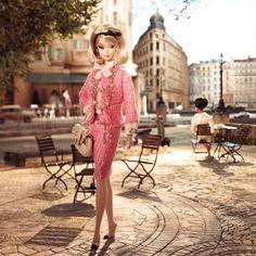 Inciampando nel Fashion..: Scritti da Voi: Barbie, una bambola o una diva?!