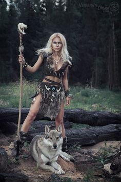 Love your Turanian roots - Honor your noble ancestors - Honor father sky & mother earth! Warrior Princess, Warrior Queen, Warrior Girl, Fantasy Warrior, Pictish Warrior, Viking Warrior, Fantasy Women, Fantasy Girl, Viking Cosplay