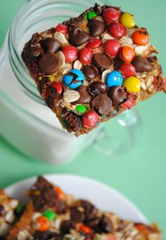 Monster Magic Cookie Bars #dorm #crazy #delicious