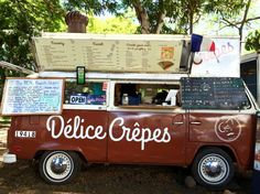 Oahu's North Shore is home to a flourishing food truck scene. There, on the outskirts of Haleiwa, a hui of food trucks—serving everything from garlic shrimp and jambalaya to Nutella crepes and acai bowls—lives in a parking lot shaded by large trees. Brightly colored trucks also line the highway in town and beyond, in Pupukea and Kahaku. With all these tasty, from-a-truck snack and meal options, you just might spend your entire North Shore trip outside.