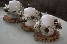 100 DIY Christmas Centerpieces for Tables and decoration ideas - Ethinify Elegant Christmas Centerpieces, Christmas Candle Decorations, Christmas Candle Holders, Candle Holder Decor, Christmas Candles, Rustic Christmas, Christmas Wreaths, Christmas Crafts, Christmas Ornaments