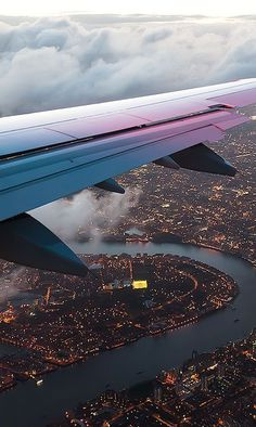 Travel Discover New travel airplane photography wings 35 ideas Airplane Photography Nature Photography Travel Photography Adventure Photography Airplane Window Airplane View Wallpaper Travel Airplane Wallpaper Trendy Wallpaper Airplane Photography, Travel Photography, Photography Lighting, Photography Basics, Free Photography, Photography Courses, Newborn Photography, Graduation Photography, Backdrops