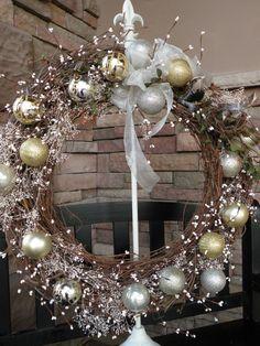 DIY Christmas Wreath | Dollar Tree craft - See more stunning DIY Chrsitmas Wreaths at DIYChristmasDecorations.net!