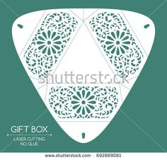Openwork gift box with a lace ornament. 3d Paper, Paper Crafts, Printable Box, Packing Boxes, Small Boxes, Kirigami, Hobbies And Crafts, Cricut Design, Laser Cutting
