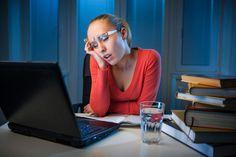 Sobald Menschen mehr Zeit zur Verfügung steht, neigen sie dazu, Aufgaben aufzuschieben. Dieses Aufschieben (Prokrastinieren) ist allerdings enorm gefährlich...  http://karrierebibel.de/aufschieben/