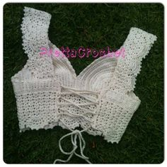 """Lovely lace cropped top / bustier """"Cropped Princess"""" - Back (corset lacing) ~~ Pretta Crochet"""
