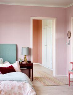 INTERIØRTIPS Rosa på soverom med fargen Peon FR1587 / Photo: Fargerike