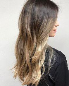 Haircuts For Medium Hair, Medium Hair Styles, Ombré Hair, Hair Dos, Hair Color Balayage, Hair Highlights, Hair Inspo, Hair Inspiration, Pelo Natural
