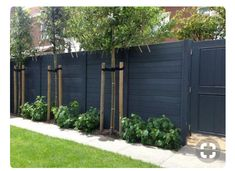 Matt black horizontal fence