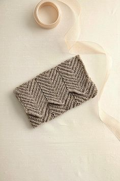 "Crochet Chevron Clutch ""Free pattern by Courtney"" add gusset handles"