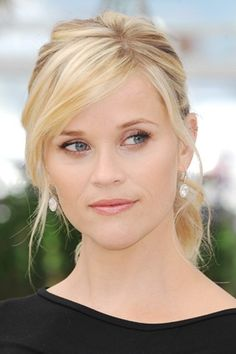 Side bangs. Very attractive and feminine hairstyle, yet not curly. (Reese…
