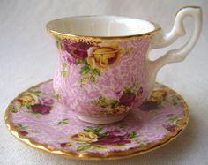ROYAL ALBERT mini roses teacup