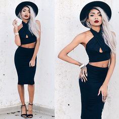 Love this 2 piece by Fashion Killa, Fashion Art, Fashion Models, Beautiful Women Pictures, Black Is Beautiful, Edgy Style, Cool Style, Nyane Lebajoa, What Should I Wear Today