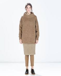 ZARA - WOMAN - SWEATER WITH BACK TEARDROP OPENING AND BOW REF. 7995/800 2,995.00 PHP