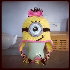 Girly Minion Hat. Cutie pie!!