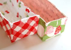 Tutorial for sewing a little quilted organizer tray. And look@ the first fabric - red check and cherries! LOVE!