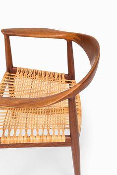 Hans J. Wegner 'The Chair' by Johannes Hansen in Denmark