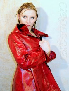 Anita Cacciatore, Studio improvisé,  1128 - - This photo is copyrighted by the photographer and may not be used without permission. COPYRIGHT : Cirologie.com Red Leather, Leather Jacket, Pvc Raincoat, Cacciatore, Collections, Studio, Fashion, Color, Leather