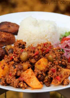 Cuban beef picadillo recipe - I'll substitute the beef for veggie meat and see how it taste. Had the real thing 25 years ago and it was my favorite Cuban dish