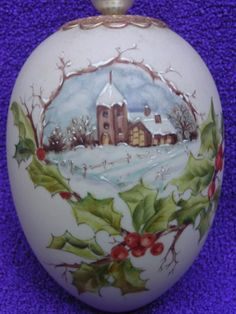 Gladys Galloway porcelain artist, author and lecturer
