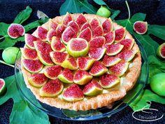 tarte aux figues fraîches à la crème d'amande Pains, Watermelon, Biscuits, Veggies, Cooking, Table, Figs, Dessert Recipes, Sweet Recipes